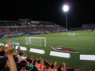 スタジアムはほぼ満員